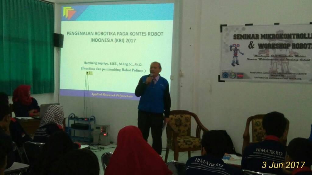 penyampaian materi oleh Bambang Supriyo BSEE, M.Eng. Sc, Ph.D