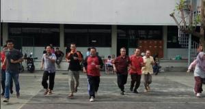 Lomba 17-san yang di adakan di FT Unimus oleh karyawan, dosen dan Mahasiswa Ft Unimus