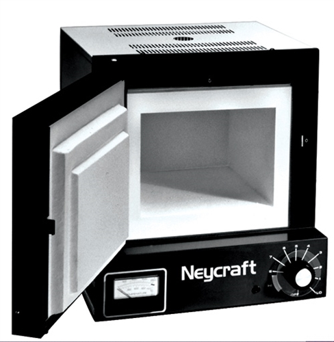 Furnance atau tungku pembakar yang dimiliki laboratorium Teknik Mesin mampu mencapai suhu kerja 1100 0C.