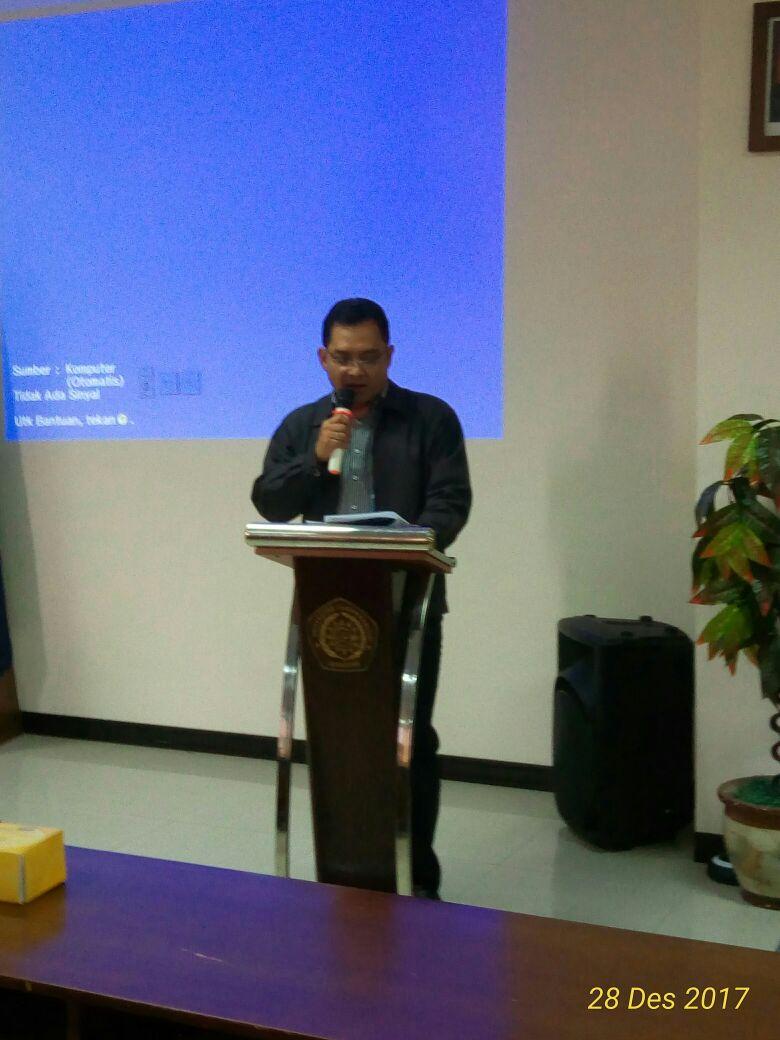 sambutan dan pembukaan kuliah pakar Teknik Mesin oleh Dekan FT Unimus