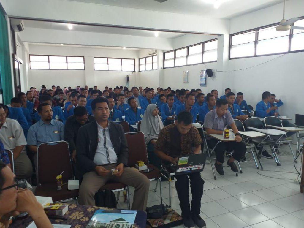 Program Peningkatan Suasana Akademik dan Inernasionalisasi kampus, merupakan program baru di Fakultas Teknik Unimus.