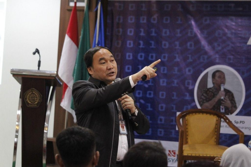 dr.Mochammad Abdul Hakam, Sp.PD (Kepala Dinas Kesehatan kota Semarang)